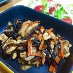 美肌効果やダイエット、アンチエイジングなど美容効果の高い食品(#^.^#)大豆と発酵食品の健康効果を併せ持つ「テンペ」