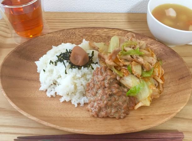 豚キムチ納豆丼