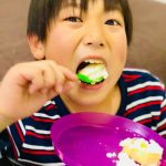 【レシピ】X'masにおすすめ「スコップケーキ」ヨーグルトクリームが口の中で爽やかに溶ける(๑˃̵ᴗ˂̵)時間も手間もかからなくて超簡単♬