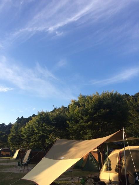 キャンプの朝風景