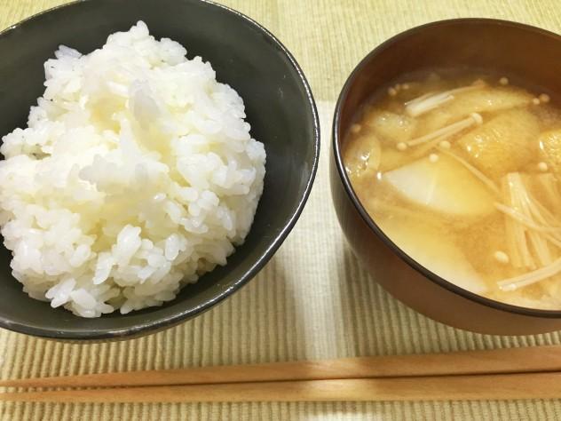 昆布かつおだしで作った味噌汁