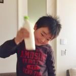 【作り方:バター】ペットボトルを振り振り!「自家製バター」!