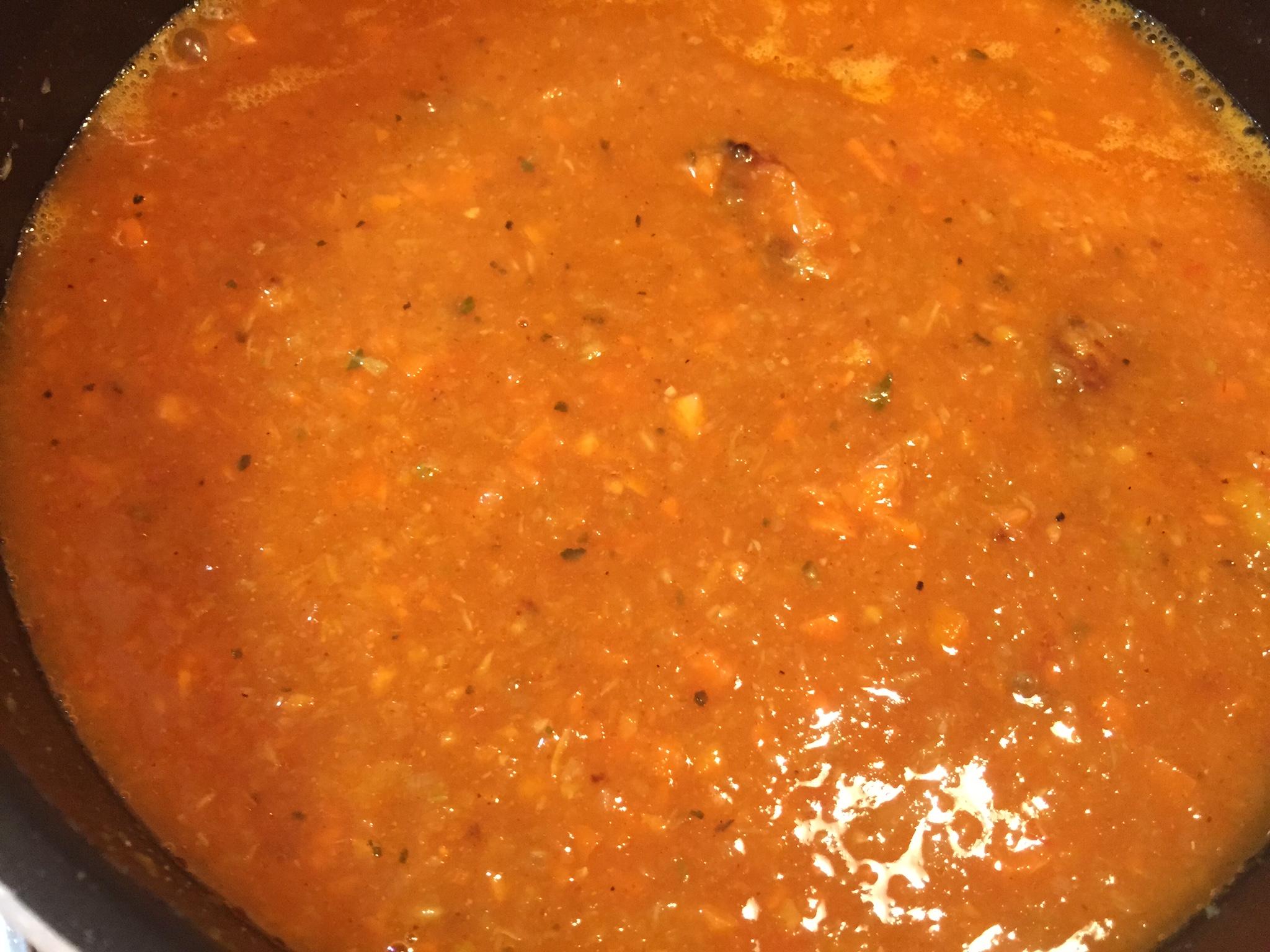 醤油・塩こうじヨーグルト・はちみつを加え煮る