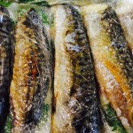 香ばしい香りと脂の乗った鯖の旨味、まろやかな酸味の酢飯との相性はもう最高!!大葉の香りとガリの甘酸っぱさが堪らないっ(≧∇≦)「焼き鯖寿し」に初挑戦♫