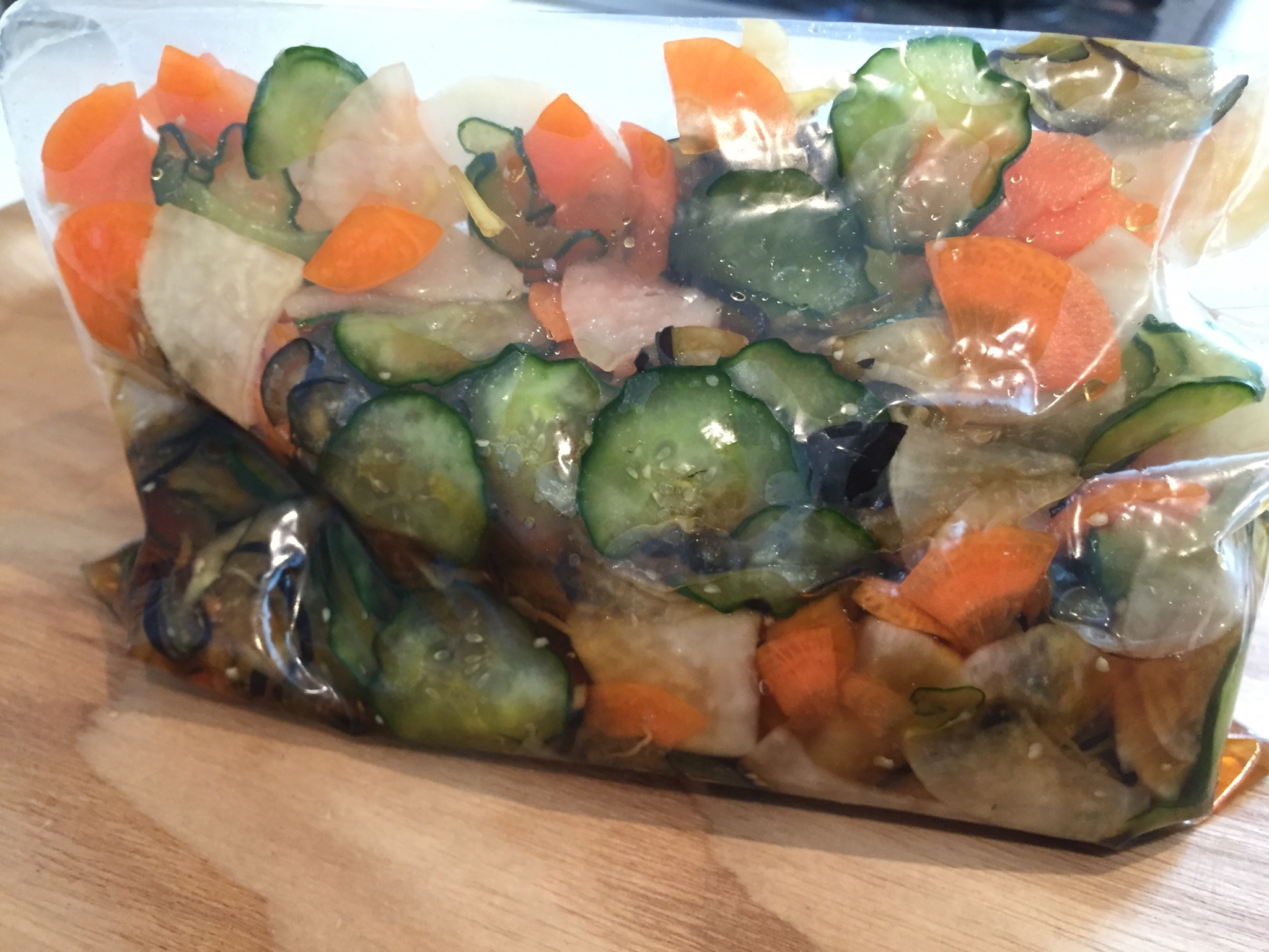 煮汁を水気を切った野菜にかける