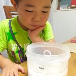 【レシピ:温泉たまご】トロ〜〜りとろける温泉卵がソース味の焼きそばの麺に絡まって堪らない美味しさ(((o(*゚▽゚*)o)))「温玉スタンド」を使って、温泉たまごを作りました♬