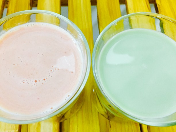 トマト豆乳甘酒と青汁豆乳甘酒