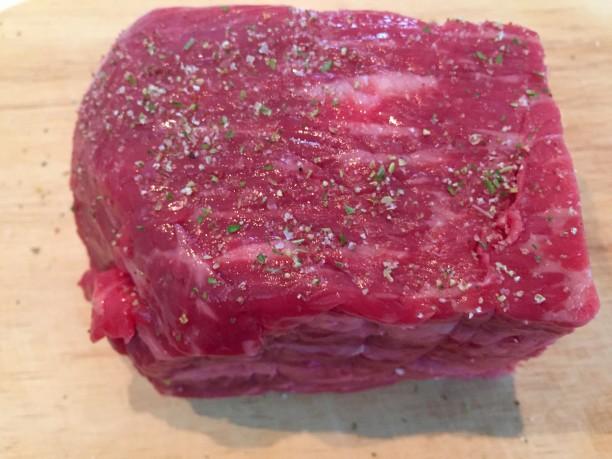 牛肉にマジックソルトをかける