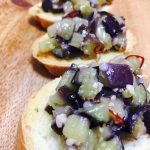 【レシピ:塩麹】オリーブオイルのコクと塩麹の旨味がナスにギュッと吸収されて噛むたびにジュワッと口に広がります(≧∀≦)「塩麹ナスのブルスケッタ」