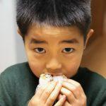 【食レポ】秋田のご当地グルメ「いぶりがっこ」スモーキーな香りとカリカリっとした食感、大葉の風味がたまらないっ(● ˃̶͈̀ロ˂̶͈́)੭ꠥ⁾⁾