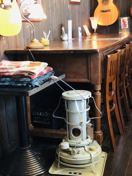 あんこ椿のアラジンのストーブ