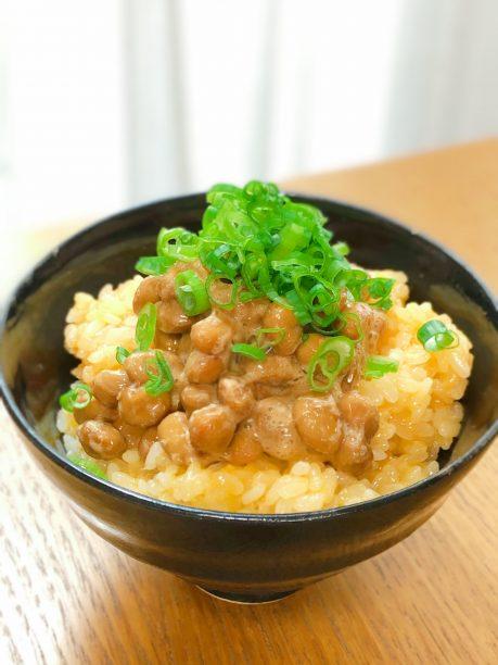 たまごかけ納豆ご飯
