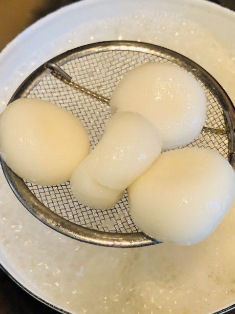 茹でた白玉