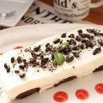 【レシピ:チーズ】「チーズムースケーキ」3ステップで簡単♬濃厚なチーズクリームとロールケーキがよく合います(((o(*゚▽゚*)o)))