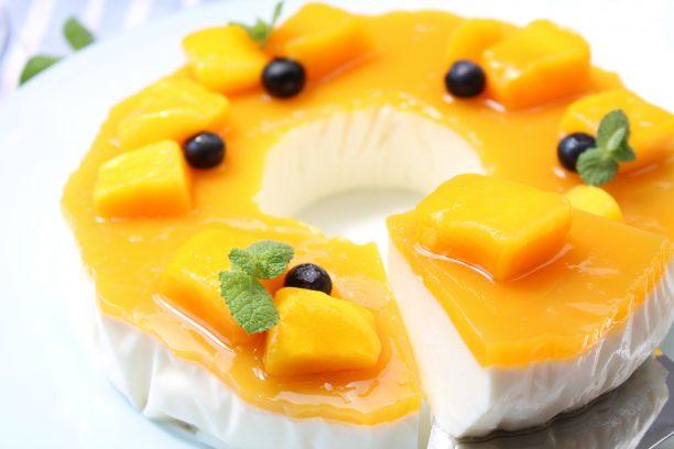 マンゴーレアチーズケーキ完成 width=