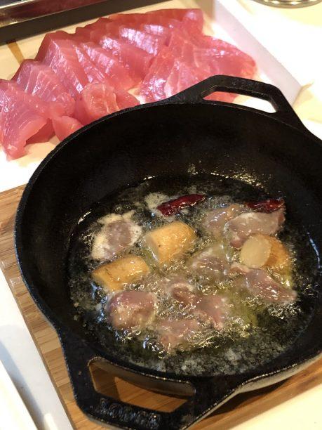 塩麹大さじ1、ニンニクスライス1個分、鷹の爪2本、砂肝に変えれば、砂肝のアヒージョになります!